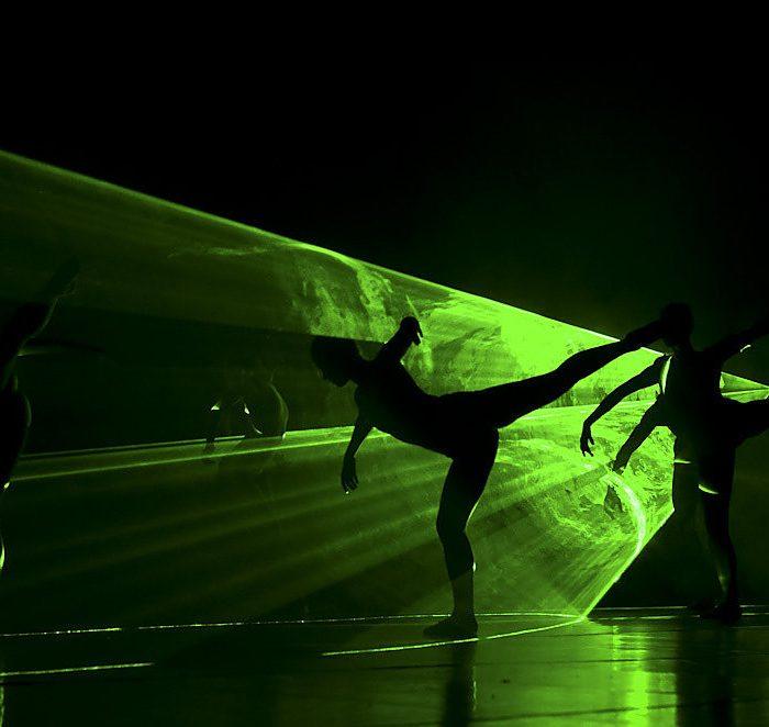 """Baleto spektaklis """"Saulės smūgis"""" pakvietė į vakarėlį jūros dugne"""